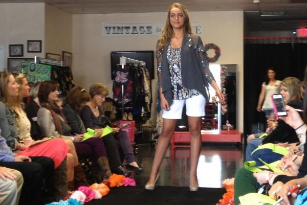 Amanda Uprichard Tank, Darling lace jacket, Kut white shorts