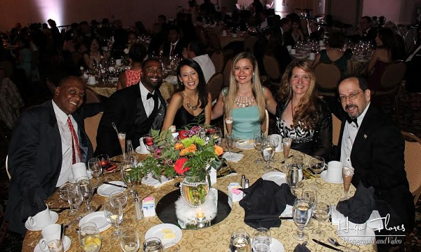 Guests enjoy an elegant--and rewarding--evening at the Diamante Awards.