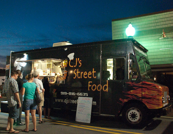 cary-food-truck-rodeo-4