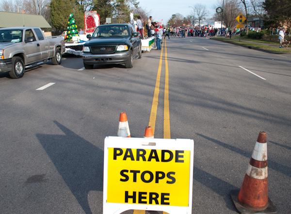 cary-christmas parade-2015-18