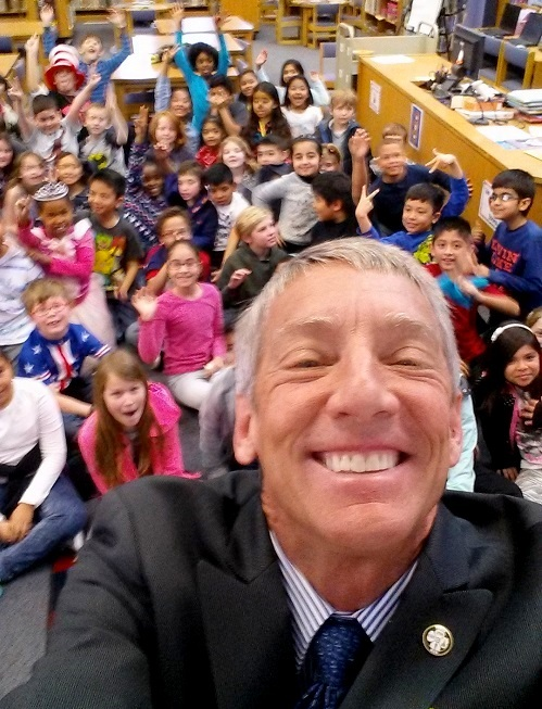 A selfie with the students at Kingswood Elementary.