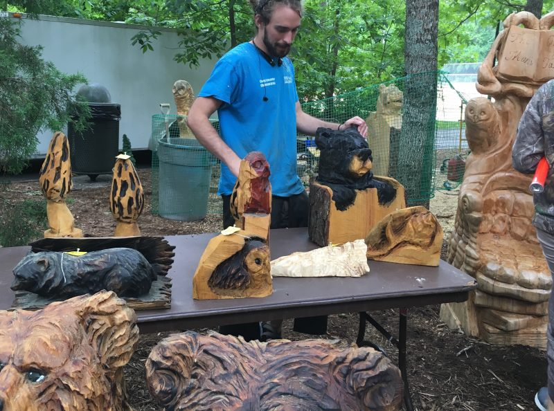 Chainsaw sculpture demonstrations